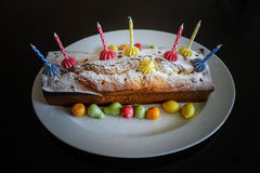 domowej roboty tort urodzinowy Zdjęcia Stock
