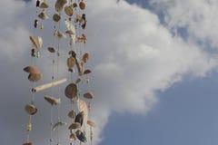 Domowej roboty Wiatrowi kuranty od Seashell obwieszenia obraz royalty free