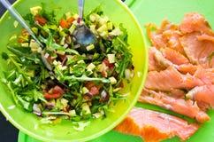 Domowej roboty zdrowe kanapki z łososiem i avocado Obrazy Stock