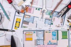 Domowi budowa plany z rysunkowymi narzędziami Makro- Zdjęcia Stock