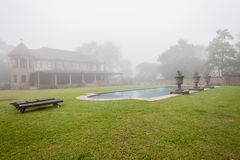 Domowy basen mgły krajobraz Obraz Royalty Free