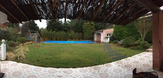 Domowy cukierki dom, panoramiczna fotografia robić w Provence Obrazy Stock