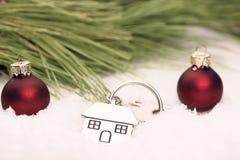 Domowy klucz w śniegu Obraz Stock