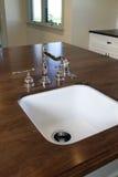 domowy kuchenny nowy zlew Fotografia Royalty Free