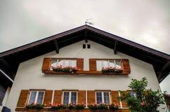 Domowy odrodzenie dom w Oberstdorf, Niemcy zdjęcie stock