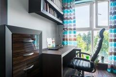 Domowy workspace w w nowym stylu zdjęcie stock