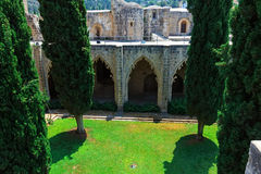 Domstol av den Bellapais abbeyen, Kyrenia Royaltyfri Fotografi