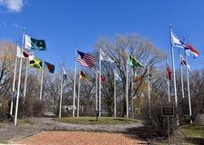 Domstol av flaggor royaltyfri fotografi