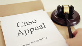 Domstol av vädjaner i handling lager videofilmer