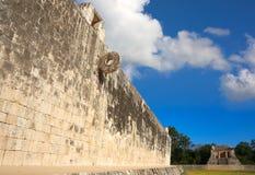 Domstol för match för Maya för Chichen Itza stencirkel Royaltyfri Foto