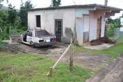 Domu, samochodowego przedstawienia szkoda od huraganów w Palmer i, Puerto Rico Fotografia Stock