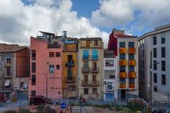 Domy i nowożytne ulicy Lleida miasto przy Catalonia Hiszpania Zdjęcie Stock