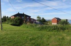 Domy i schronienie przy Hitra wyspą w Norway Obraz Stock