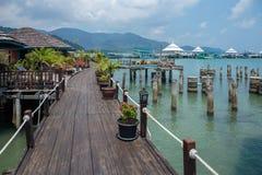 Domy na stilts w wiosce rybackiej uderzenie Bao, Koh Chang, obraz royalty free