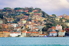 Domy na wzgórzu nad Bosphorus, Istanbuł, Turcja Fotografia Royalty Free