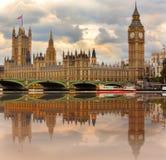 Domy parlament na Rzecznym Thames Zdjęcie Stock