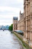 Domy parlamentu Westminister pałac Londyn Zdjęcia Royalty Free