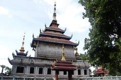 Don Chedi tempel på den Chainat staden i Thailand Arkivbild