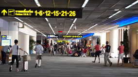 Don Meung Airport, tourist traveller walking to the boarding gate stock video