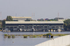 Don Muang Airport i Bangkok var undervattens- Arkivbild