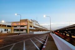 Don Mueang International Airport-Sonnenuntergang Lizenzfreie Stockfotos