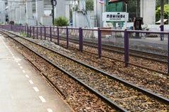 Don Mueang - la Thaïlande - 2 juillet 2017 : Chemins de fer thaïlandais TR régional photos libres de droits