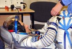 Don Pettit During Space Suit-Leck-Kontrolle Lizenzfreie Stockfotografie