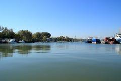 Don River på den tidiga Oktober morgonen Arkivfoton