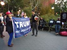 Don-` t Trieb I ` m Schwarzes? , Politische Sammlungen in Washington Square Park, NYC, NY, USA Lizenzfreie Stockfotos
