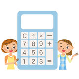 Dona de casa em torno de uma calculadora eletrônica Fotos de Stock