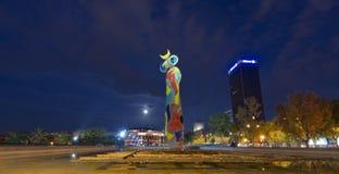 Dona mim Ocell - Joan Miro Barcelona imagens de stock royalty free