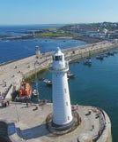 Donaghadee latarni morskiej puszek Północny - Ireland obraz stock