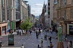 Donald Dewar Statue Buchanan Street, Glasgow Photos stock