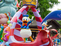 Donald Duck en un flotador Imagen de archivo