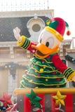 DONALD DUCK viert het Nieuwjaar van Kerstmis Stock Foto's