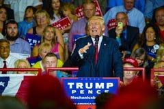 Donald Trump Campaigning en Pennsylvanie Photographie stock libre de droits
