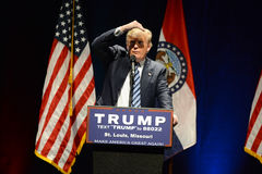 Donald Trump Campaigns i St Louis Royaltyfri Bild