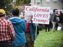 Donald Trump Free Speech Brawl i Berkeley California Arkivfoto