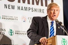 Donald Trump habla en nuevo Hampmshire Foto de archivo libre de regalías