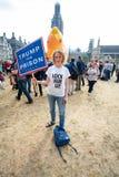 Donald Trump Visits het UK aan Demonstraties royalty-vrije stock afbeeldingen