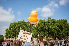Donald Trump Visits het UK aan Demonstraties royalty-vrije stock fotografie