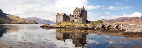 donan eilean panorama scotland för slott Royaltyfri Bild