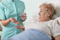 Donante de las píldoras Imagen de archivo libre de regalías