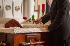 Donante de una rosa Imagen de archivo