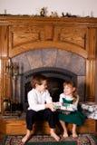 Donante del regalo de la Navidad Fotografía de archivo