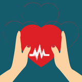 Donate器官,在手标志的心脏,在r的心脏象的概念 免版税库存图片
