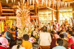 Donation pour le temple photos stock