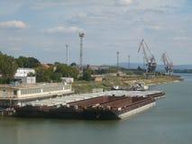 Donau-Ansicht von der Brücke lizenzfreie stockfotografie
