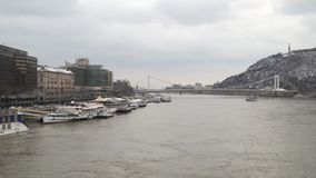 Donau in Budapest stock video