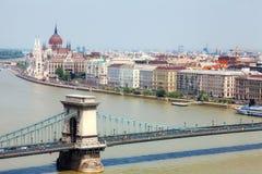 Donau en Brug Stock Afbeeldingen